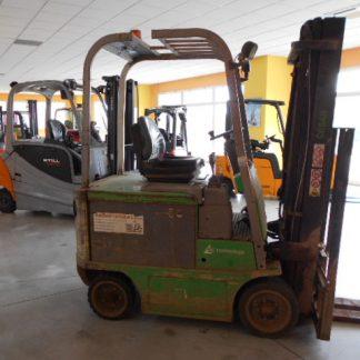 Carrello elevatore usato Cesab Centauro 200l anno 2008 triplex 5000mm con traslatore e 4 via idraulica e batteria 48V